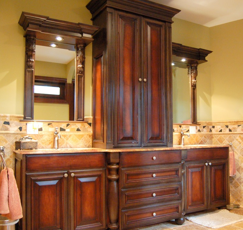 Tbg remodeling kitchen and bath milwaukee wi area for Custom bathroom vanity cabinets